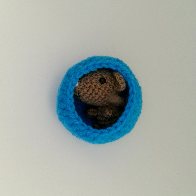 brown amigurumi mouse d