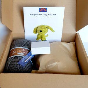 amigurumi dog kit contents